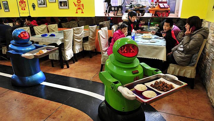 Robots restaurant japonais