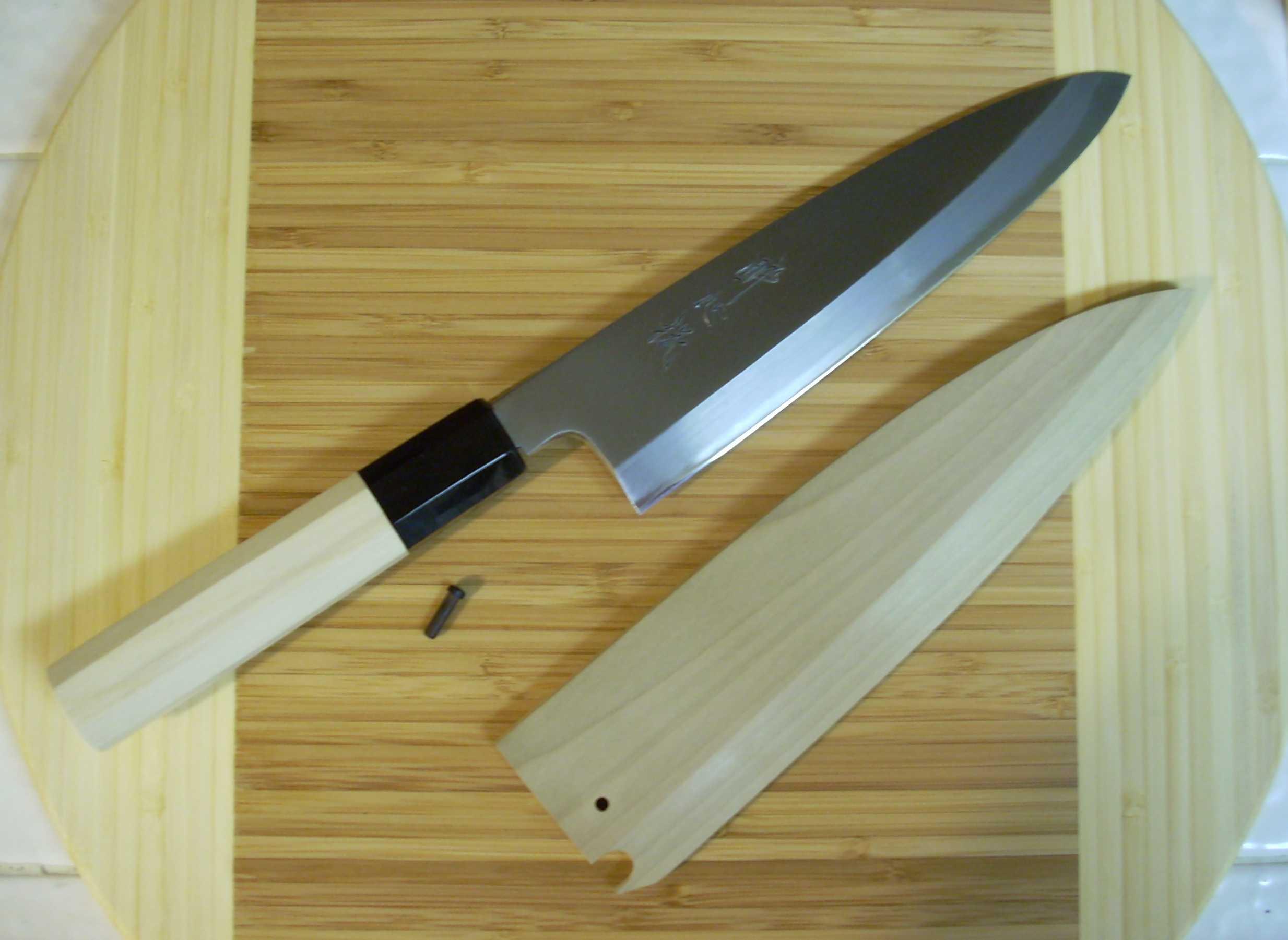 couteaux japonais les choisir et les entretenir culture japonaise. Black Bedroom Furniture Sets. Home Design Ideas